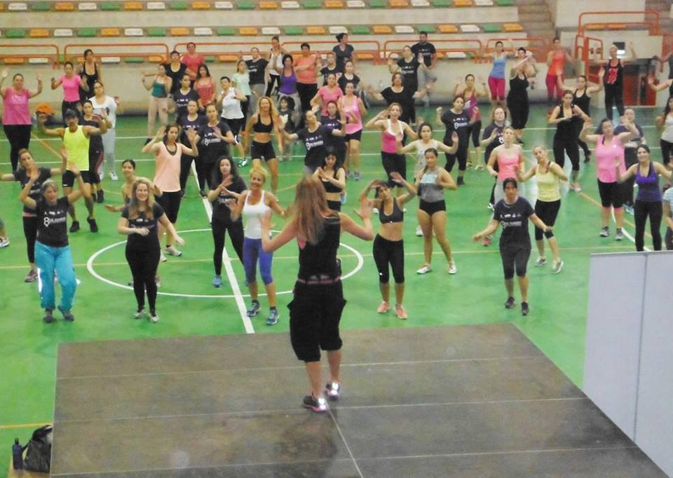 Zumba class in Maspalomas with Begoña