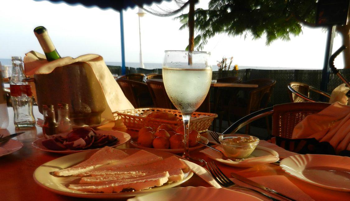 Las Salinas Restaurant Terrace, Castillo del Romeral