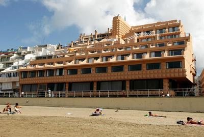 Exe Hotel Las Canteras from the beach