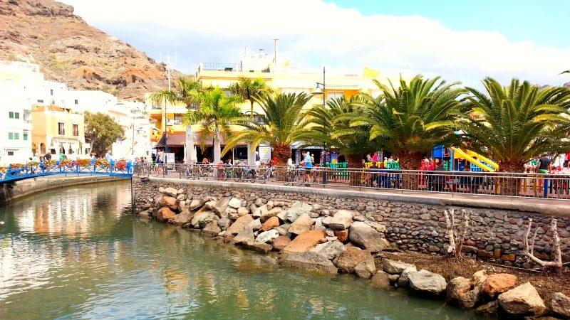 Beach & Harbour Puerto de Mogan, Gran Canaria, España