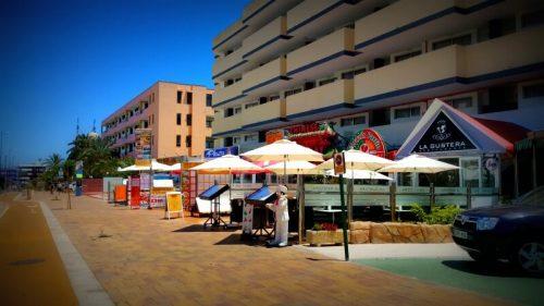 la gustera restaurante where it is