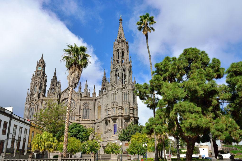 Arucas Kirche