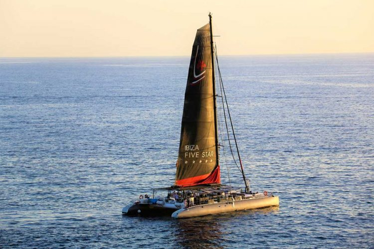 Five Star Catamaran - Luxerious sailing trip off Gran Canaria.