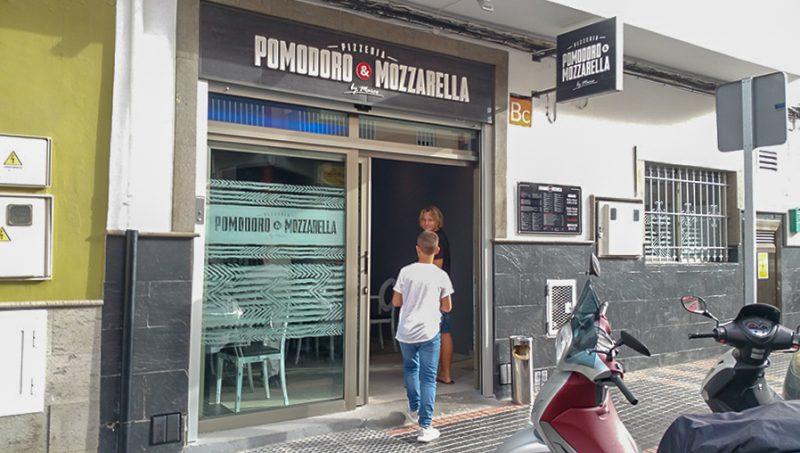 Pizzeria Pomodoro & Mozzarella Entrance, El Tablero